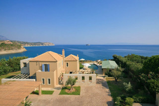 blue sea villa monambeles