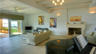 blue sea villa monambeles living room