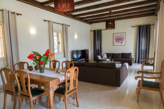cleopatra villa monambeles living room