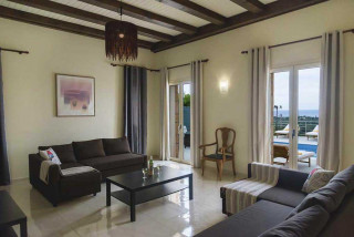 cleopatra villa monambeles lounge