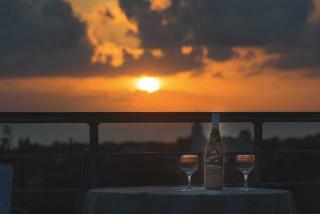 cleopatra villa monambeles sunset