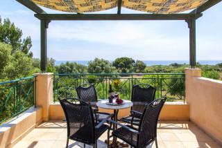 elena villa monambeles balcony