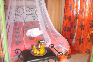 elvira villa monambeles bedroom area
