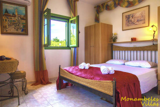mary villa monambeles bedroom