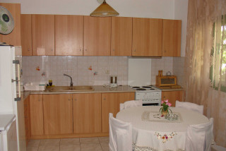 mary villa monambeles kitchen